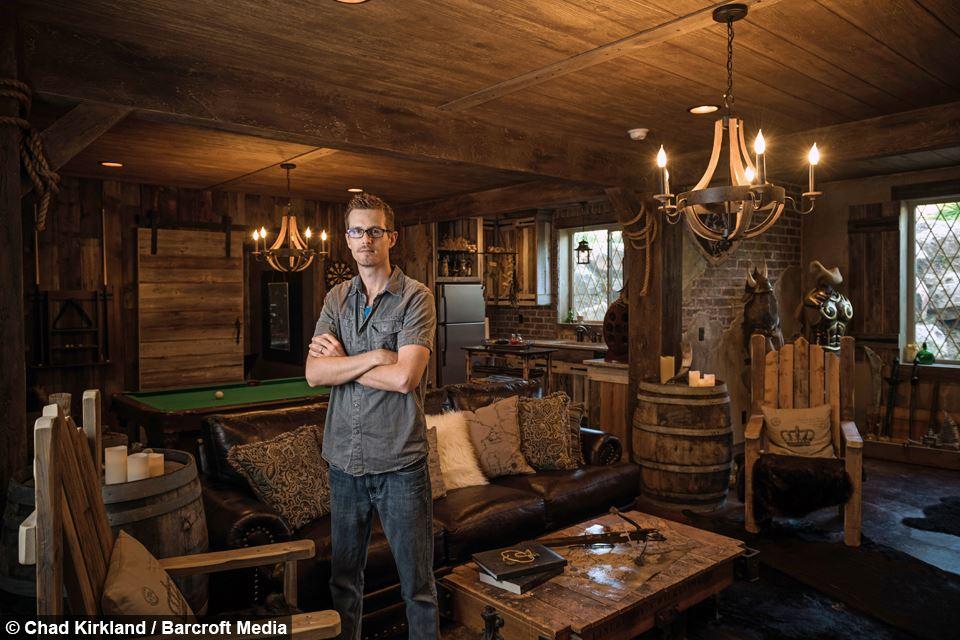 Man Cave Betyder : The elder scrolls online nerd spielt mmorpg im keller